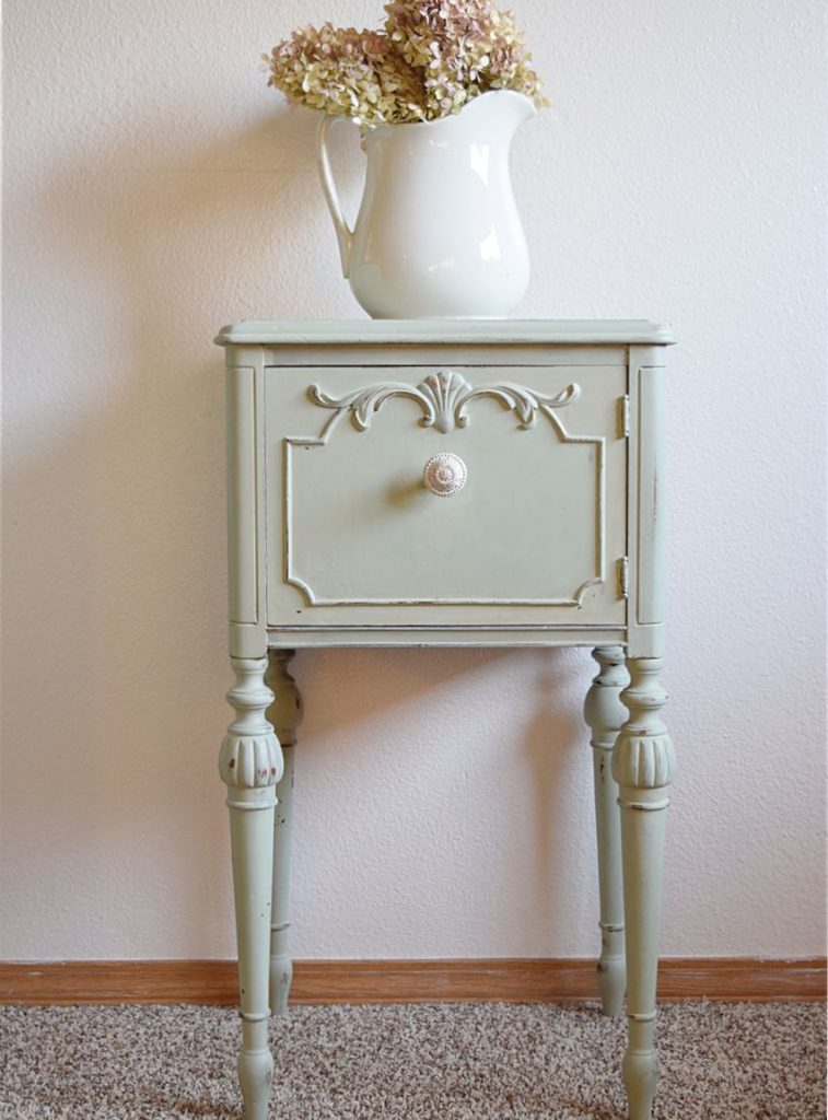 Ornate End Table gets a MINT Makeover! | Timeless Creations, LLC