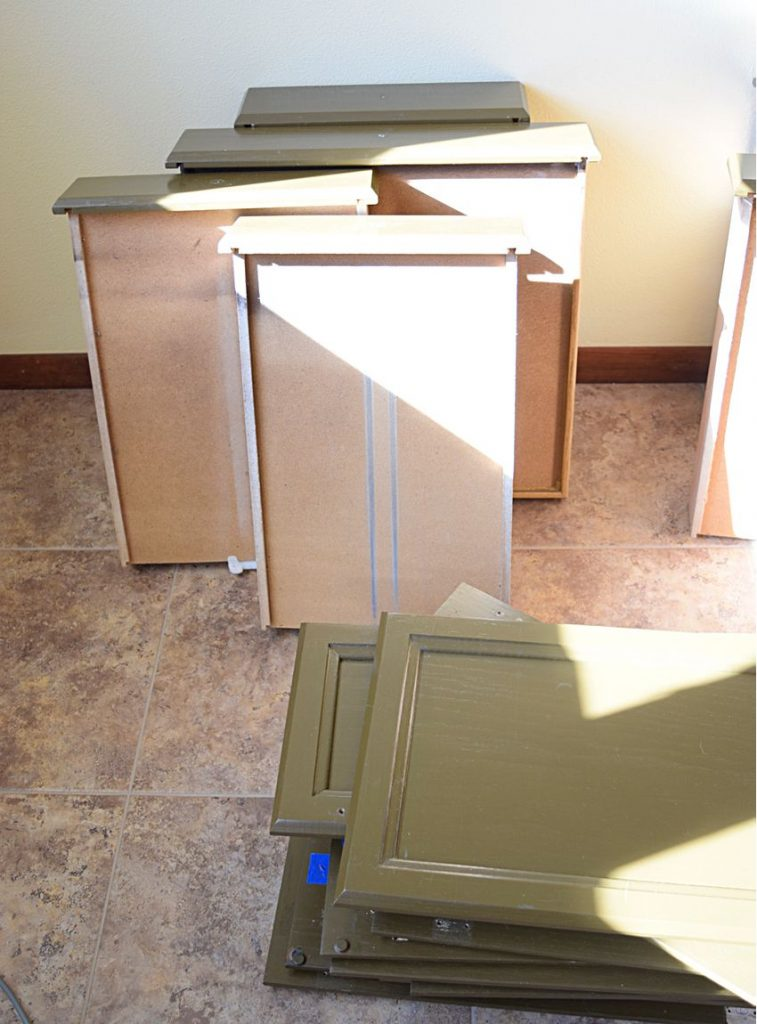 Painting Our Kitchen Cabinets: ORC Week 2 2