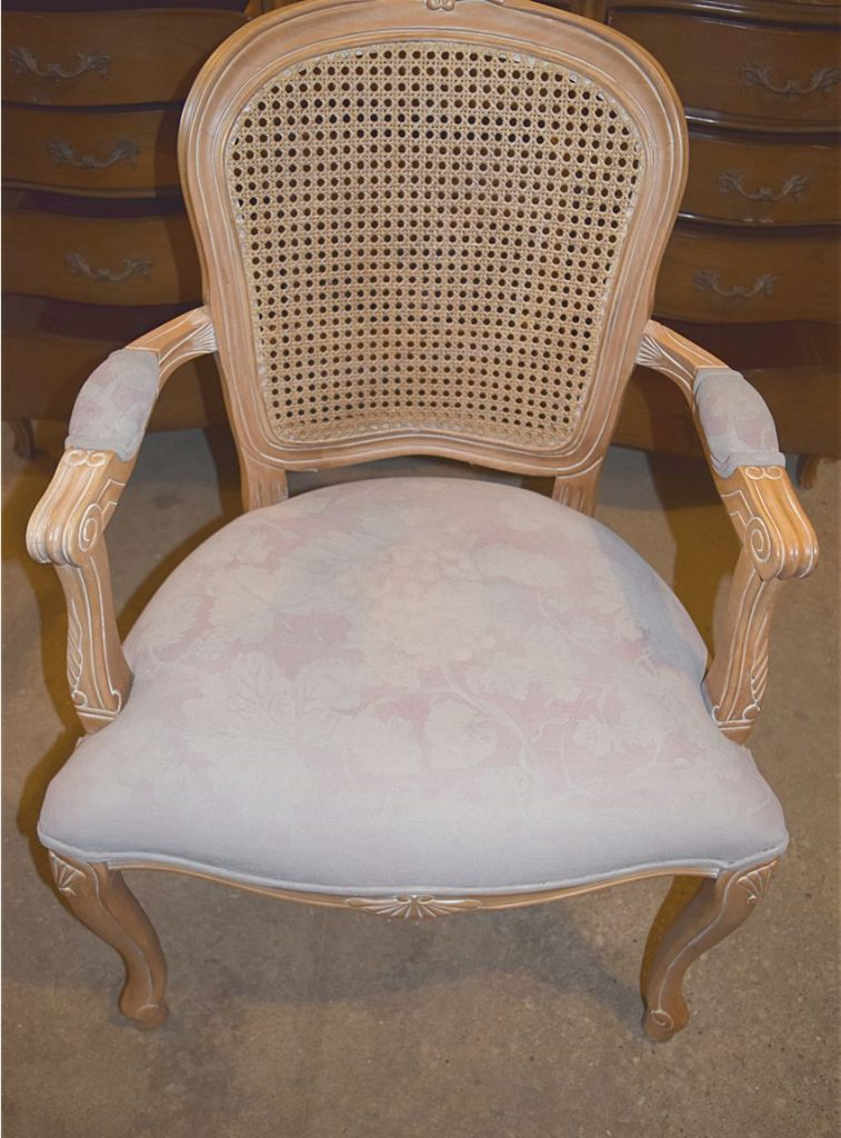 French Style Chair Makeover - $100 Room Challenge Week 3 3