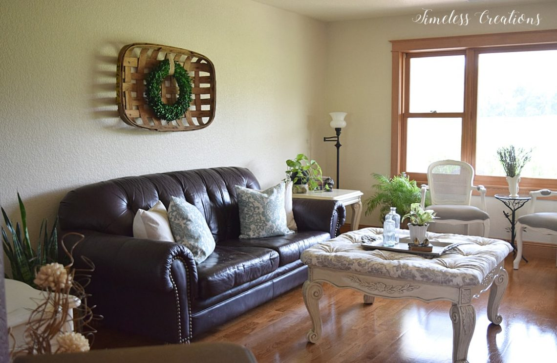 Family Room Final Reveal - $100 Room Challenge 1