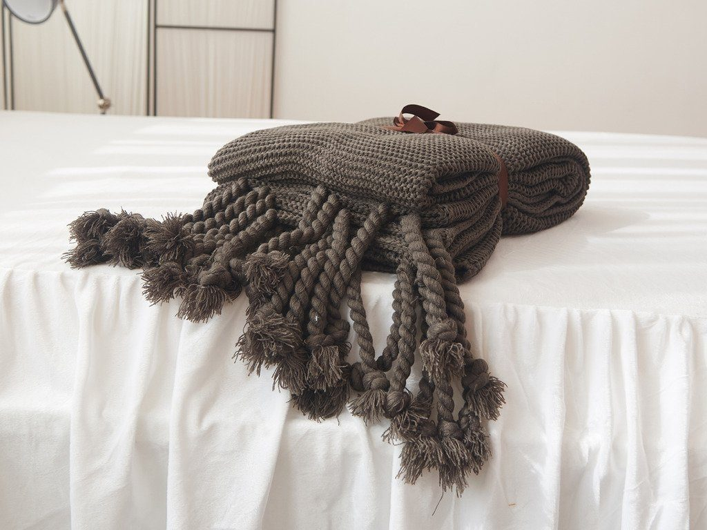 Cozy Throw Blankets for Fall 6