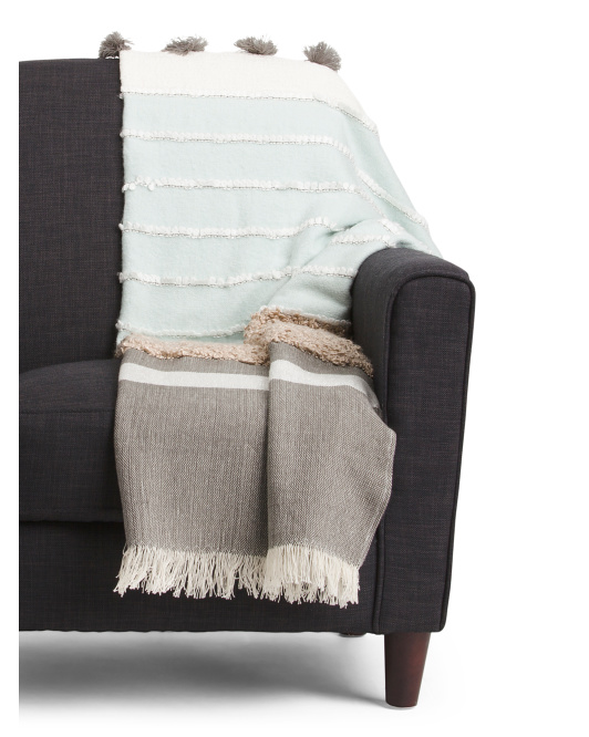 Cozy Throw Blankets for Fall 16