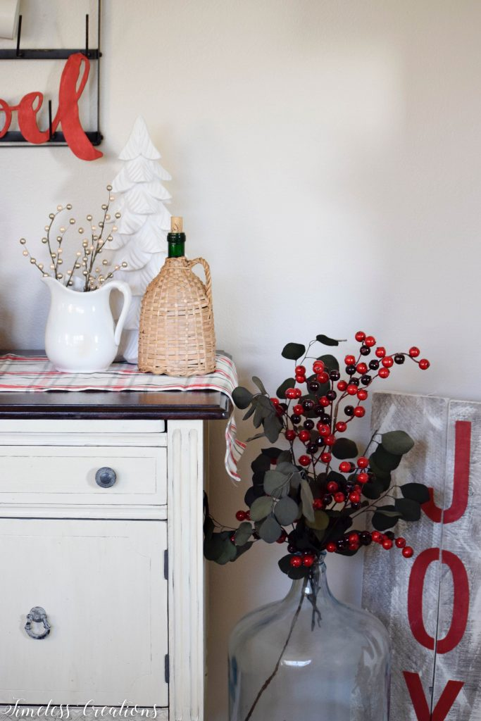 Christmas Coffee Bar - Decor Ideas for Every Season 8