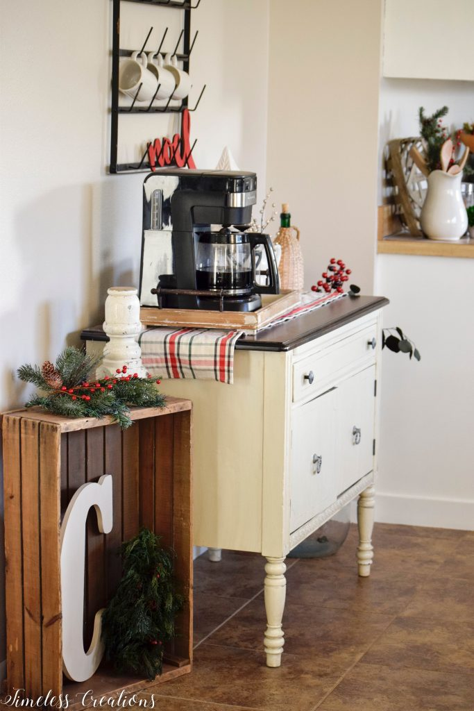 Christmas Coffee Bar - Decor Ideas for Every Season 7