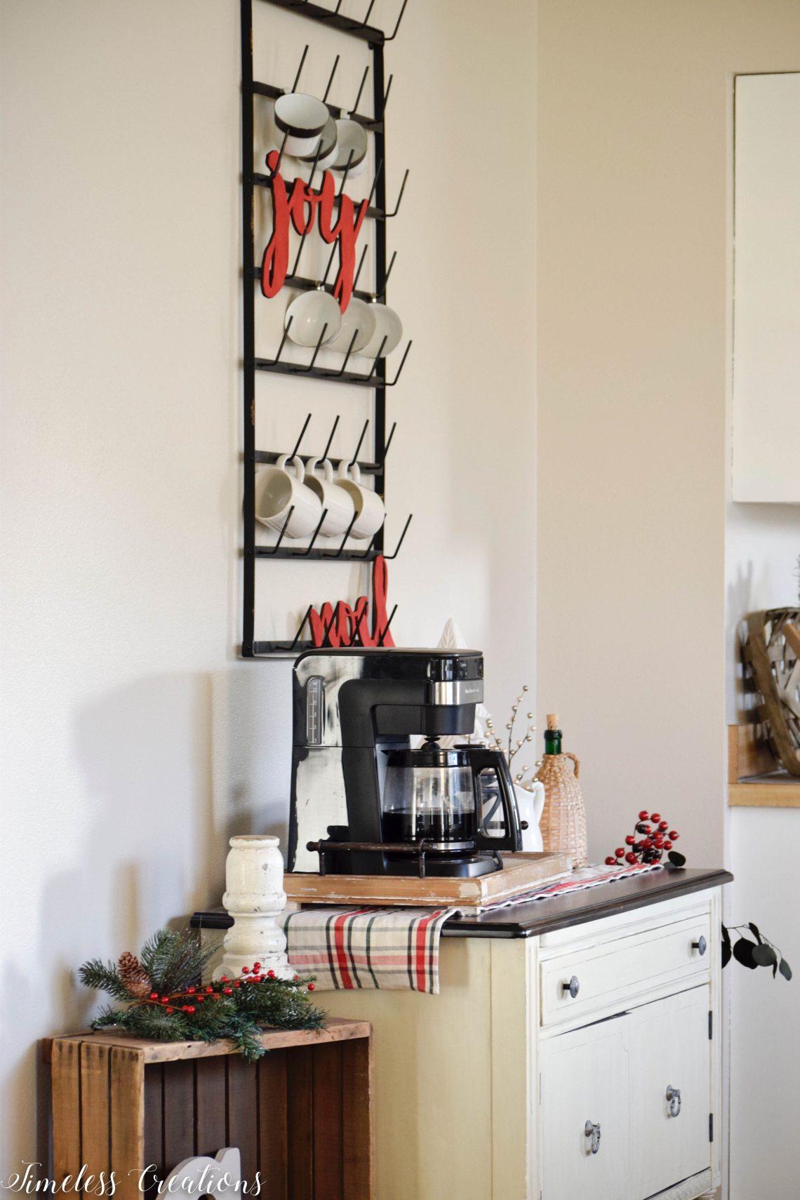Christmas Coffee Bar - Decor Ideas for Every Season 1