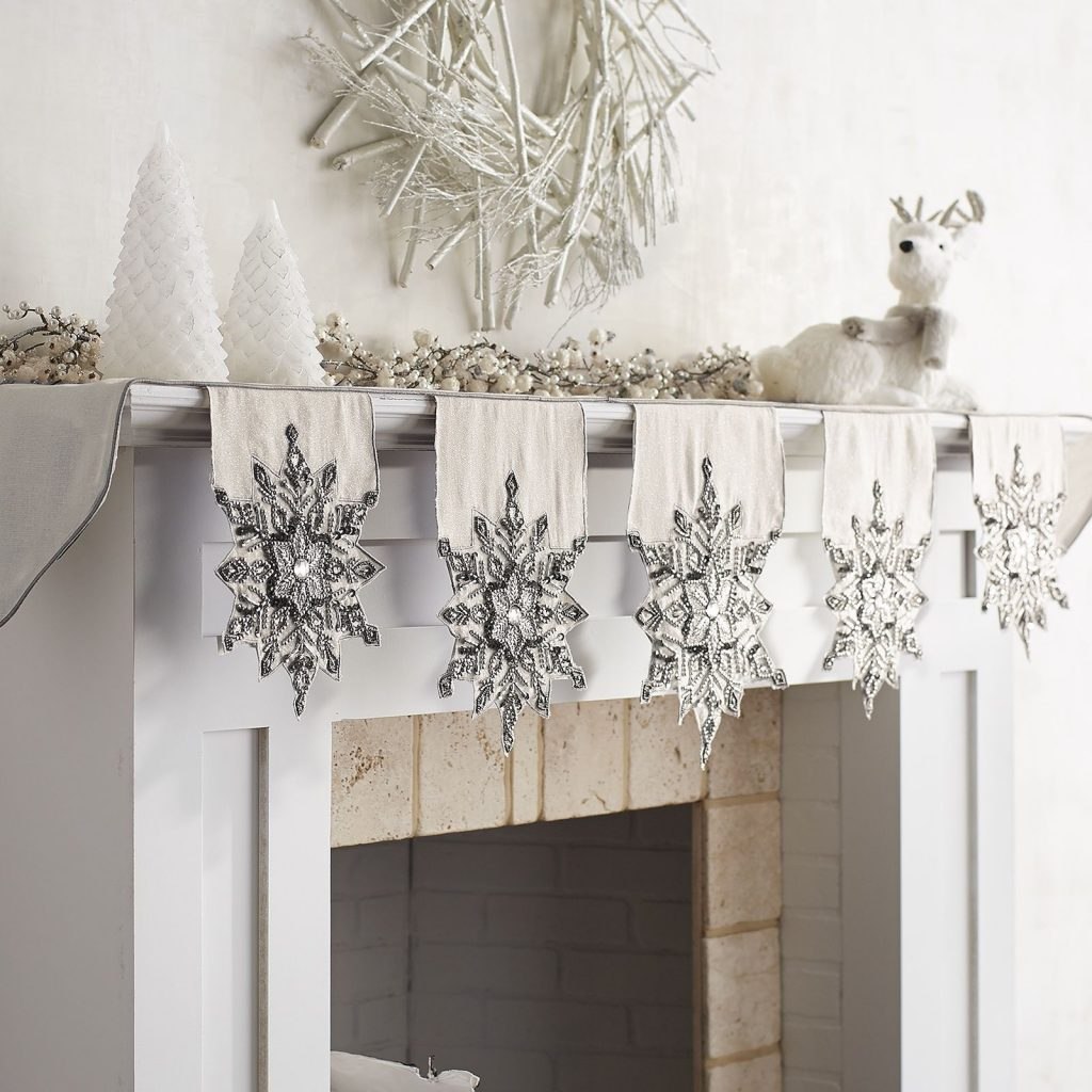 Rustic/Glam Holiday Decorations 6