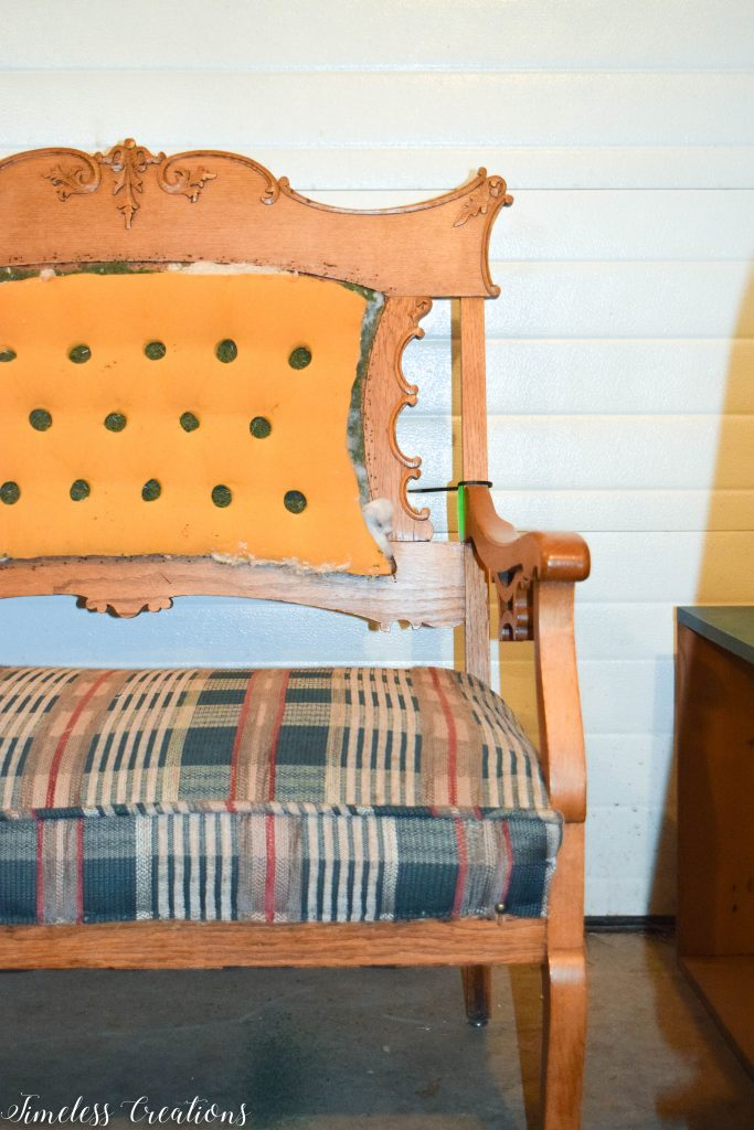 A Settee that Captured our Hearts! 3
