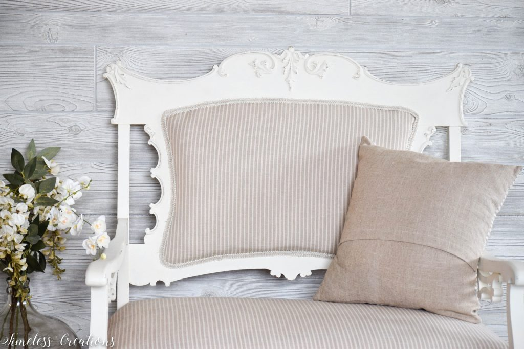 A Settee that Captured our Hearts! 6