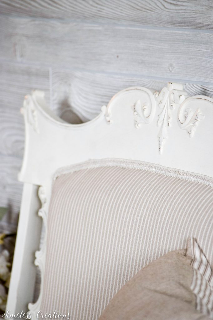 A Settee that Captured our Hearts! 4