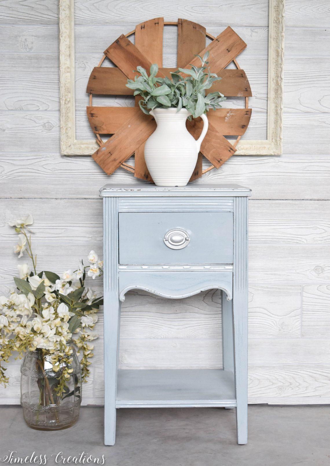 Dreamy Light-Blue Side Table 1