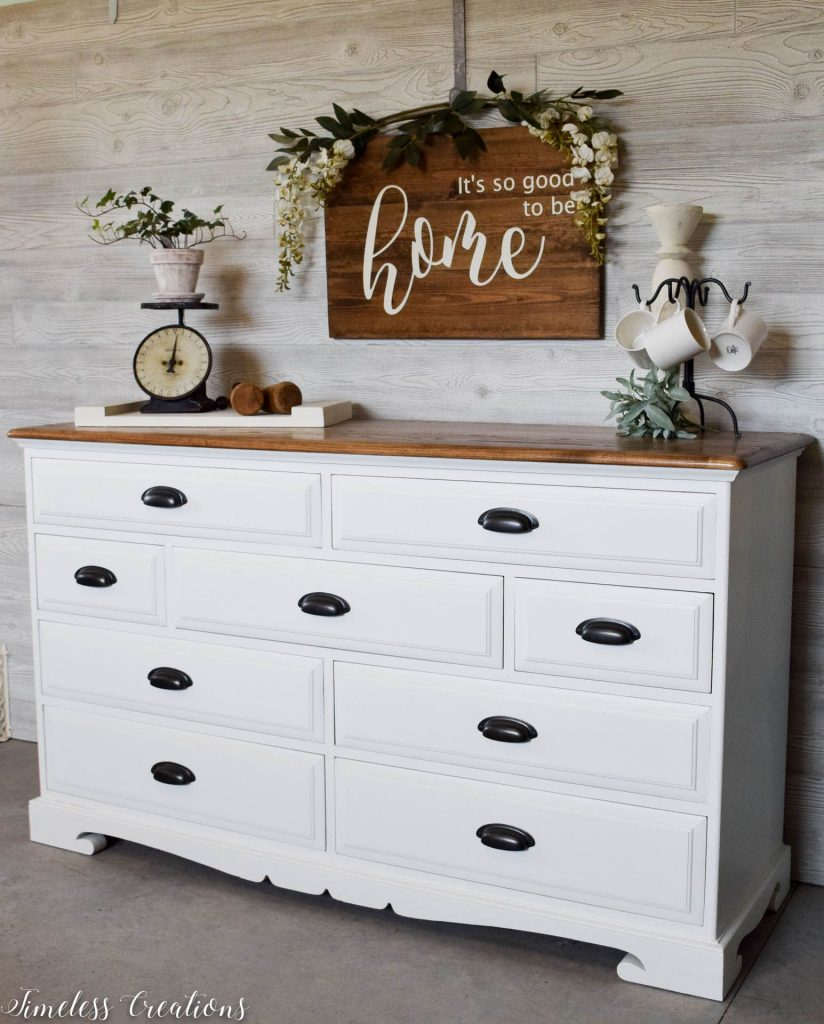 The Epitome of Farmhouse Style : White and Wood Dresser 5