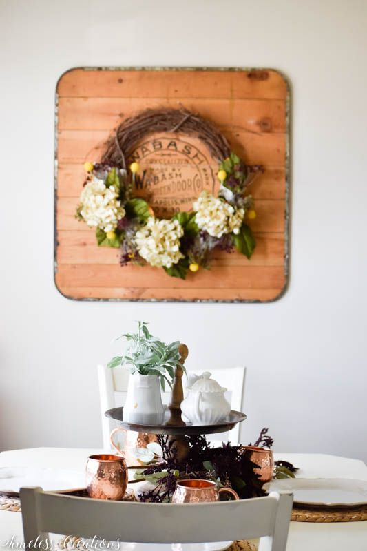 A Fall Wreath - How to Choose Complementing Flowers 1