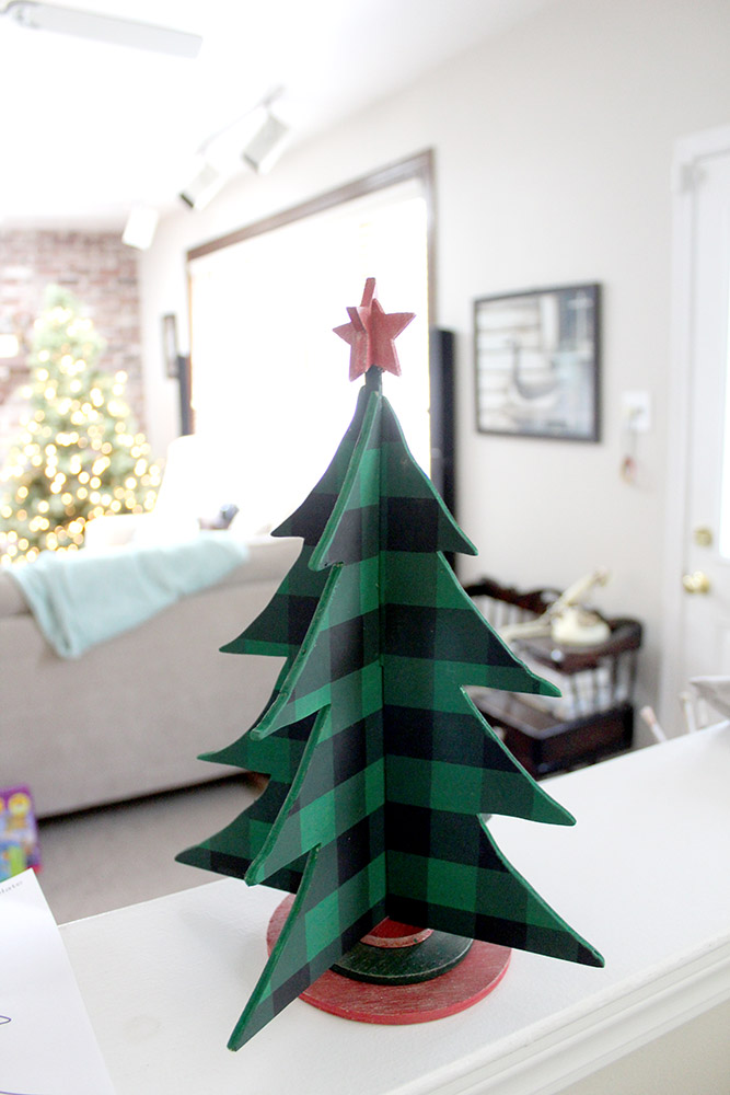 8 Great Wooden Holiday Decorations 9