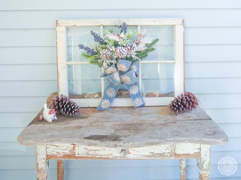 Simple Ideas to decorate your Outdoor Space for the Holidays 5