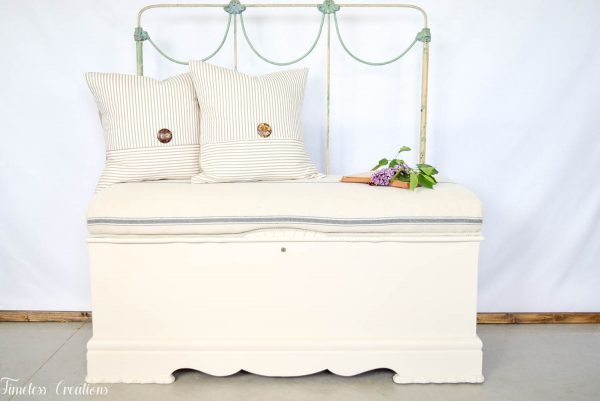 Cedar Chest / Bench :: Shipping Included 8