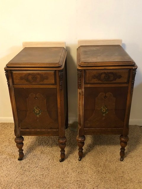 How To: Take apart an old Vanity for Nightstands 16