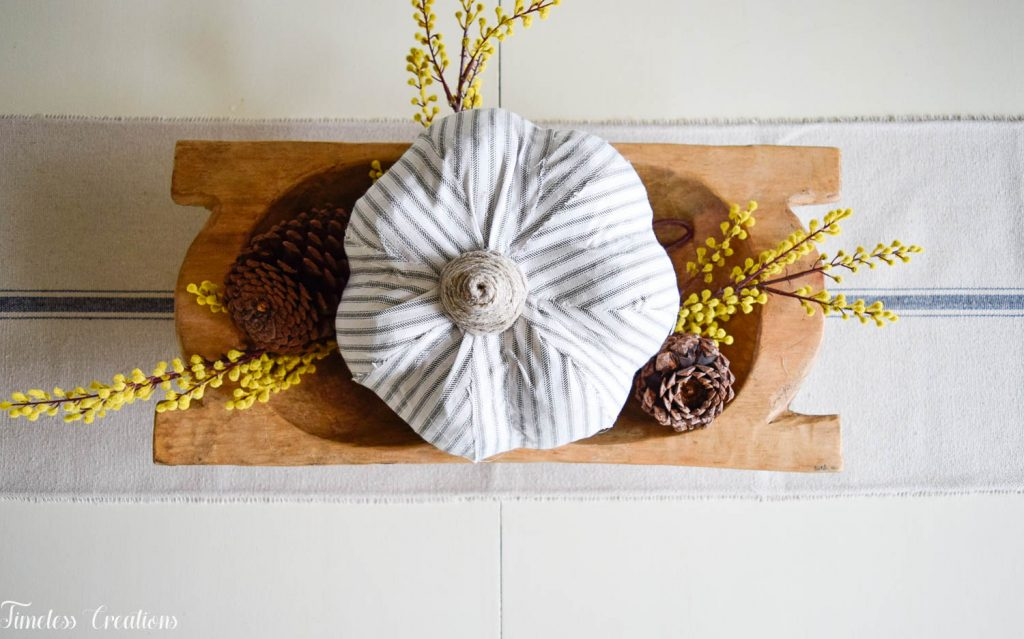 Simple Fall Centerpiece for Everyday Use 4