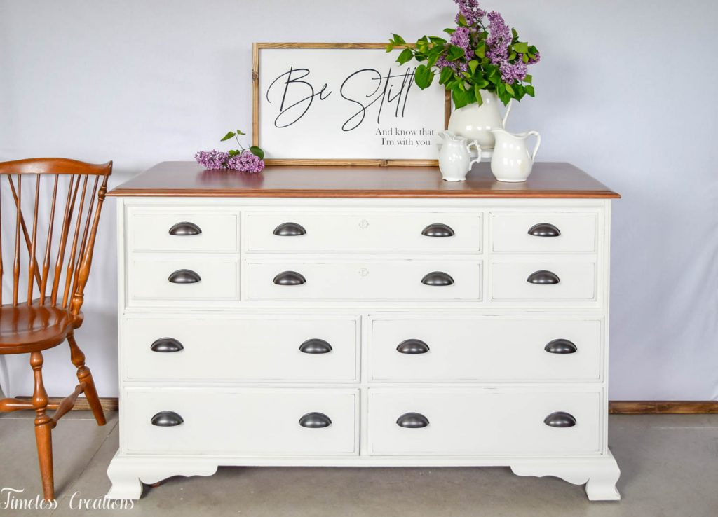 How to Stage your Farmhouse Style Furniture to Sell 6